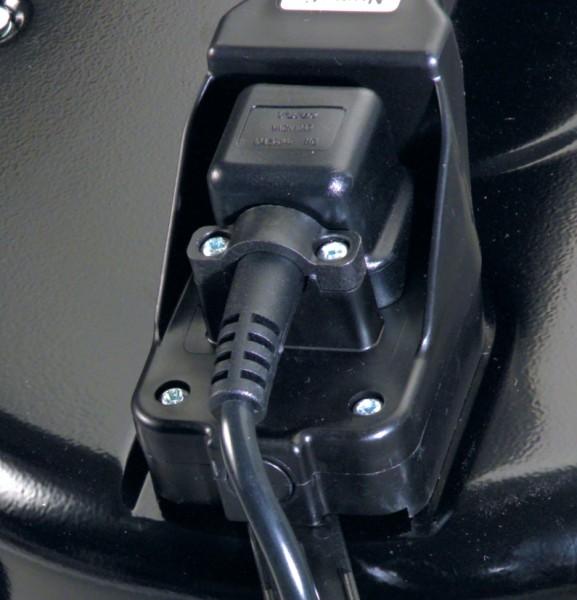 NTD2003 240v Vacuum Cleaner c/w BB5 Kit-761