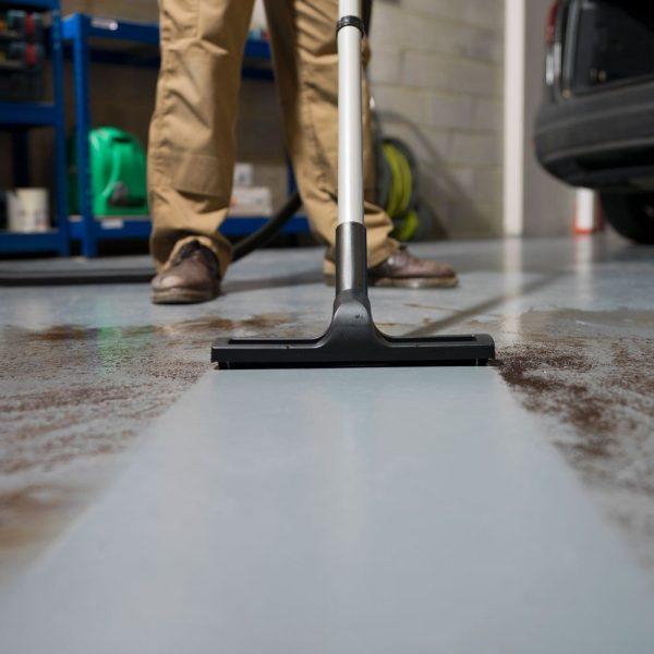 Charles Wet & Dry Vacuum Cleaner CVC370-2 240v