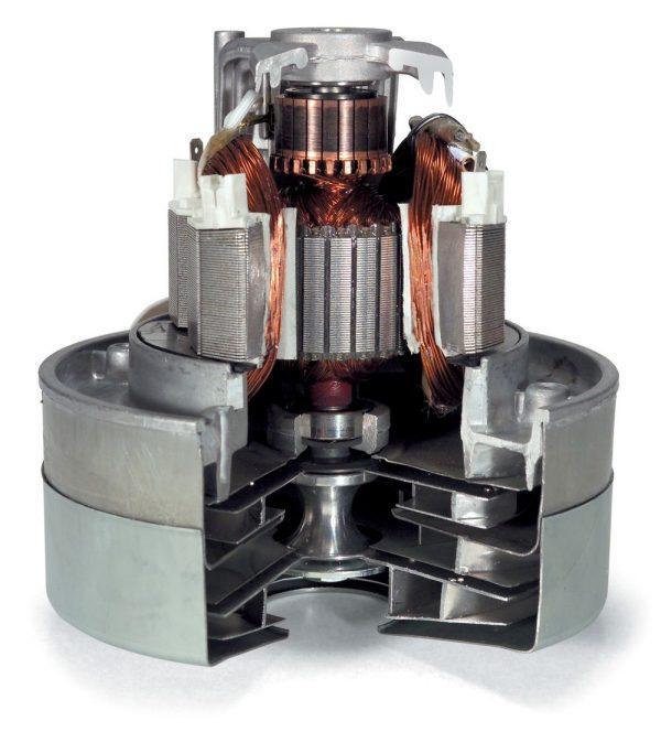 NUMATIC NDVQ570-22 240V TWIN MOTOR VACUUM CLEANER ACCESSORIES