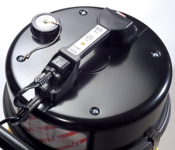 HZ370-2 240v Hazardous Dust Vacuum c/w Hose Dusting Brushes & Crevice Tool-484