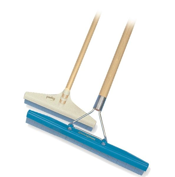 "18"" Grandi carpet rake with handle"