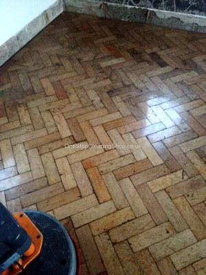 WOODEN FLOOR POLISHED POLISHING CLEANED CLEAN RECLAIMED RECLAIM
