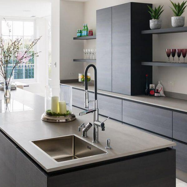 I want to clean a stainless steel sink